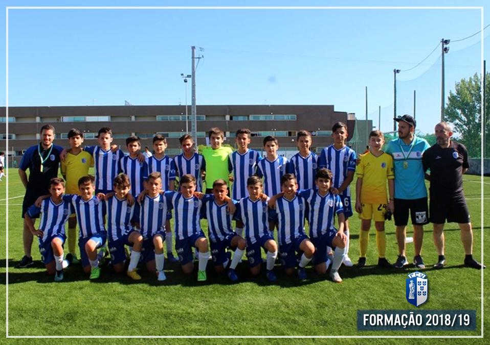 Sub-13 venceram Geração Benfica em Vidago
